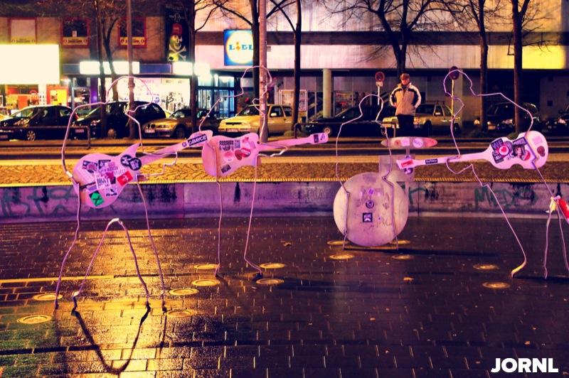 Памятник Beetles, фото: Денис Цой