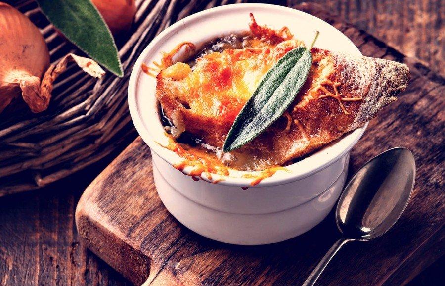 Изысканные луковый суп